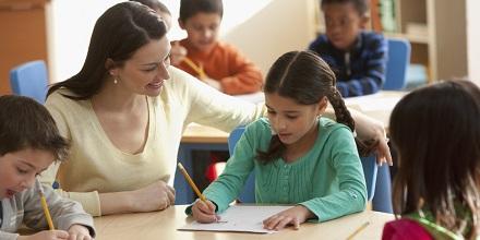 مامۆستا و قوتابی دوو تەوەری سەرەکی و دوو کۆڵکەی بنەڕەتین لە کۆڵکەکانی کاری پەروەردەیی و فێرکردن. سایکۆلۆژیای پەیوەندی نێوان قوتابی و مامۆستا، بۆتە هۆی بایەخ و گرنگی پێدانی بەشێکی زۆر […]