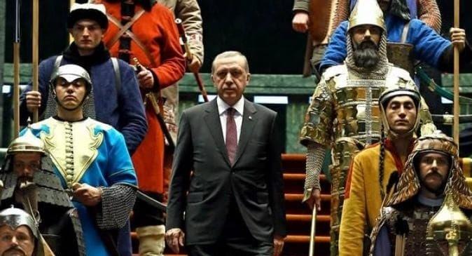 ئامانج نەقشبەندی: تذكير لأردوغان. عسى أن تنفع الذكرى.